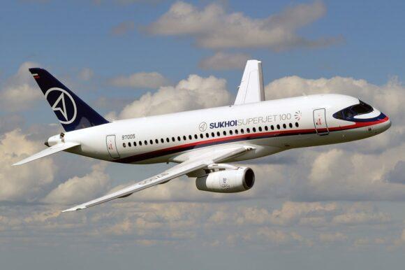 На Дальнем Востоке планируется открытие региональной авиакомпании с собственным парком самолётов Суперджет