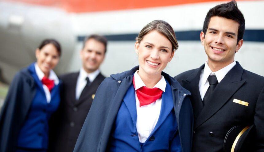 Как стать бортпроводником или стюардессой?