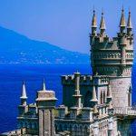 Крымские власти объявили о снятии карантинного режима для туристов